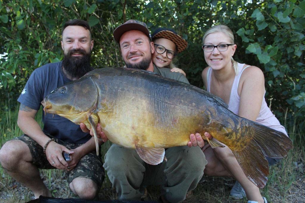 fishing social